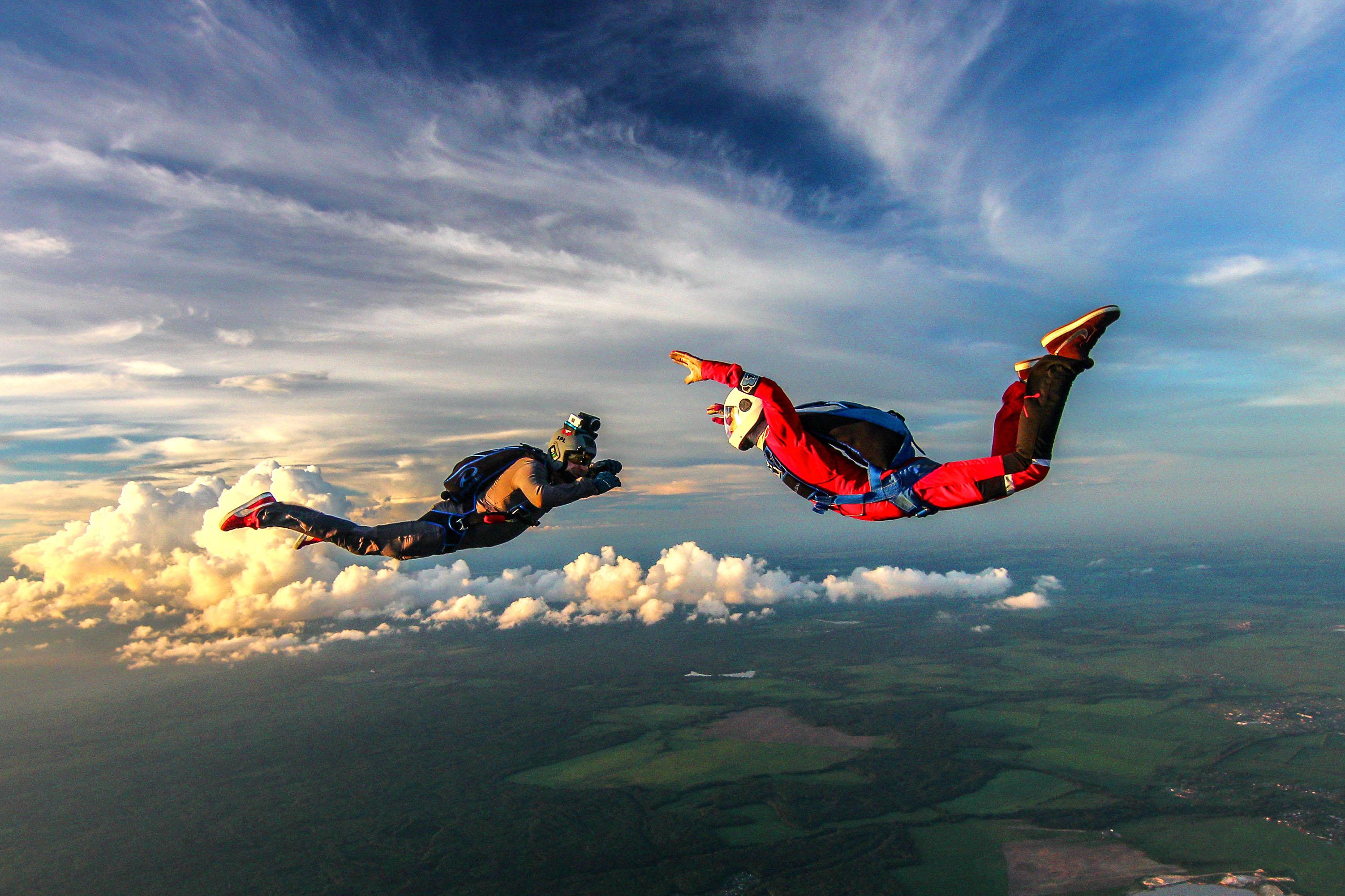 Картинки прижки с парашутом
